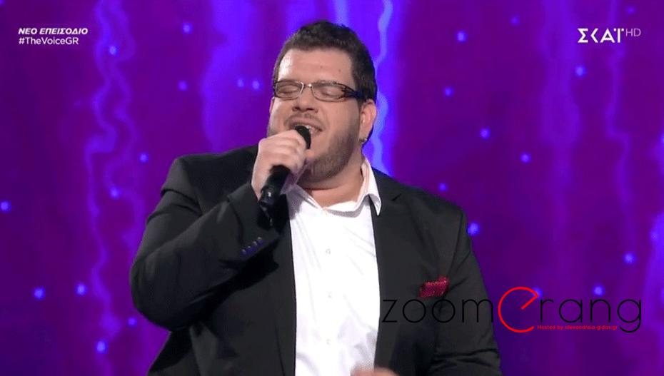 VOICE: Φωνάρα ο Φώντας, προχωρά στα live (video)