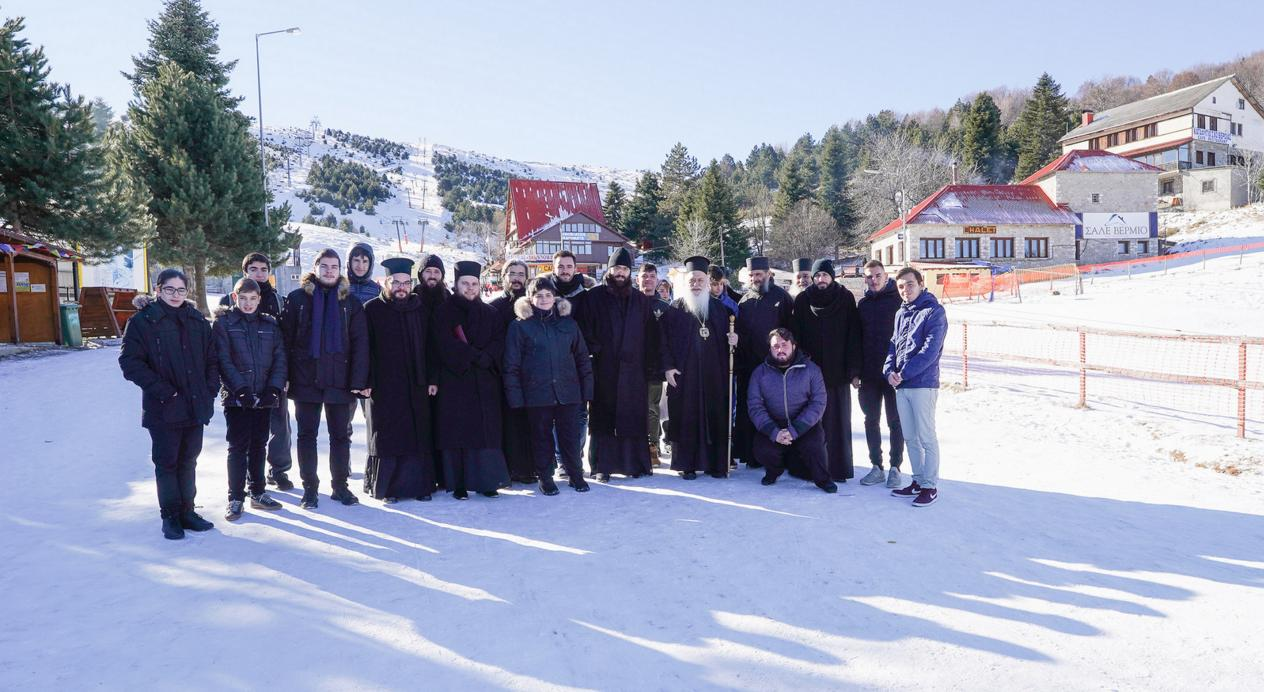 Ποιος είναι ο «ορεινός» Αγίος Σεραφείμ του Σάρωφ που κάθε χρόνο τιμάται στο Χιονοδρομικό του Σελίου;