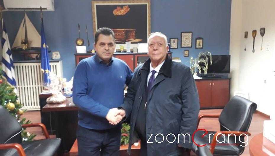 Ξεκίνησε ως υποψήφιος ο Απ. Εμμανουηλίδης με ομιλία στον Άμμο και συνάντηση με Κ. Καλαϊτζίδη